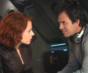 Несчастную Скарлетт «убила» сцена с Халком и Вдовой в «Мстителях 3»