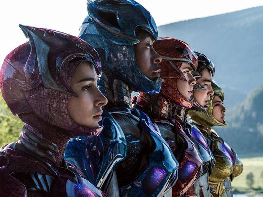 В новых «Могучих рейнджерах» лица героев видны при полных костюмах. - Изображение 1