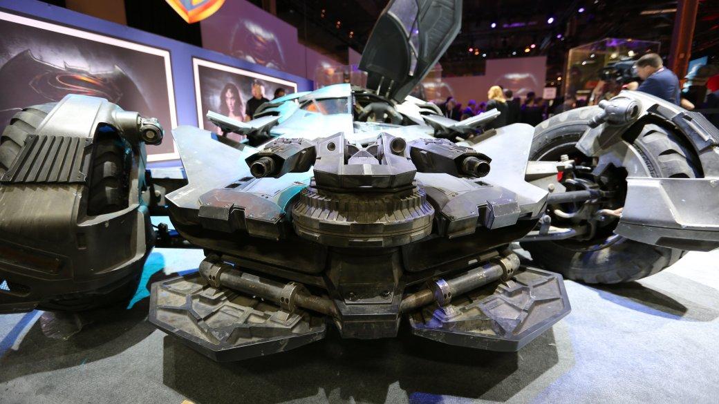 История бэтмобиля: все машины Темного Рыцаря - Изображение 8