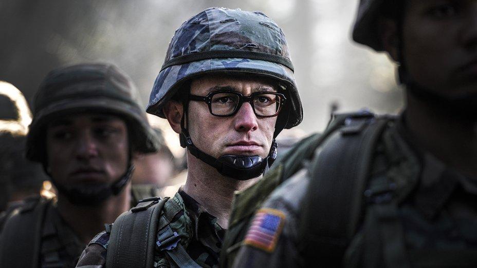 Оливер Стоун рассказал о своих встречах со Сноуденом - Изображение 1
