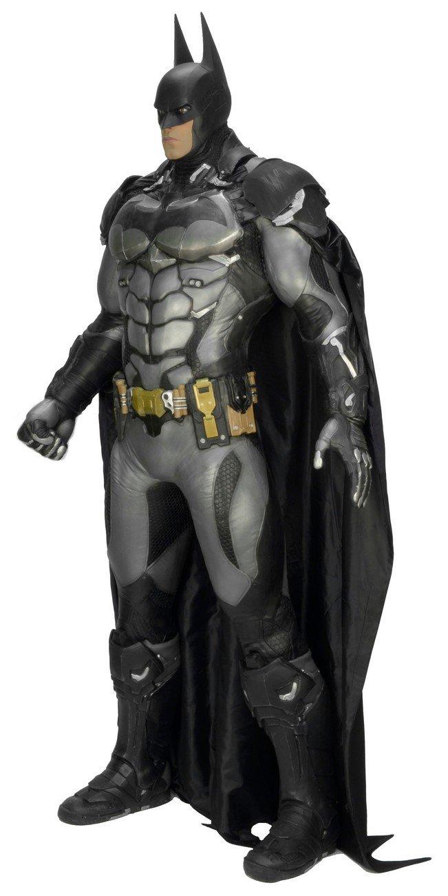 Кому фигурку Бэтмена высотой в человеческий рост? - Изображение 2
