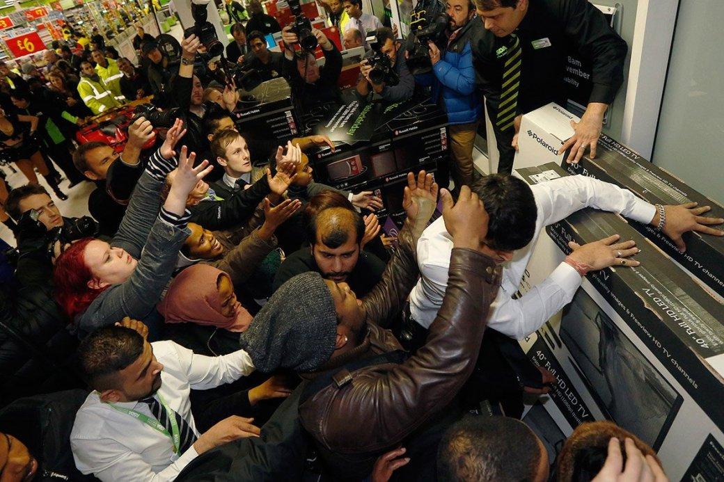 В «черный вторник» продажи в российских магазинах взлетели в 3-8 раз - Изображение 1