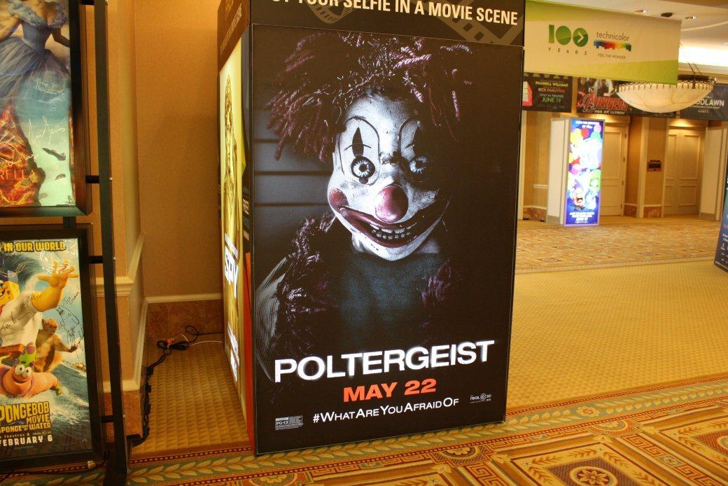 Новые постеры с CinemaCon и фото с площадки «Дэдпула» - Изображение 13