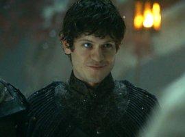 На Comic Con SPB приедет актер, сыгравший Рамси Болтона в «Игре престолов»