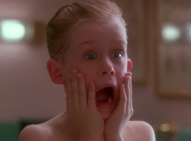 Маколей Калкин показал, какбы выглядел ремейк фильма «Один дома». Спойлер— ужасно!