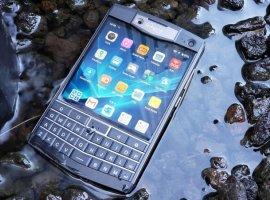 Unihertz Titan: неубиваемый смартфон с QWERTY-клавиатурой, NFC и сканером отпечатков за 16500 рублей