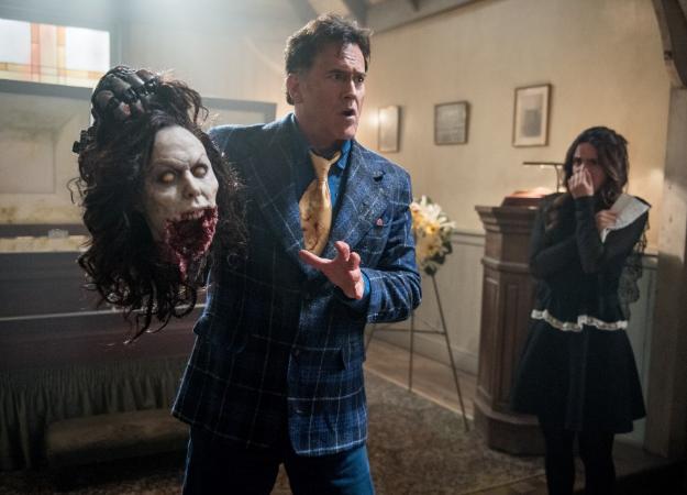 Рецензия на 3 сезон «Эшапротив зловещих мертвецов» —сериал отменили, но это надо смотреть!