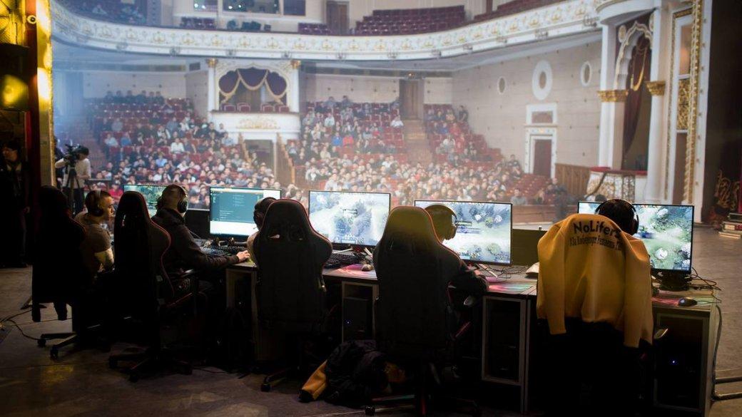 Директор театра вКиргизии сдал в аренду помещение под турнир поDota2. И его уволили | Канобу - Изображение 9504