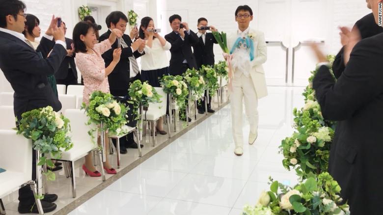 Классическая Япония: мужчина женился наголограмме Хацунэ Мику. Что это значит для человечества? | Канобу - Изображение 3
