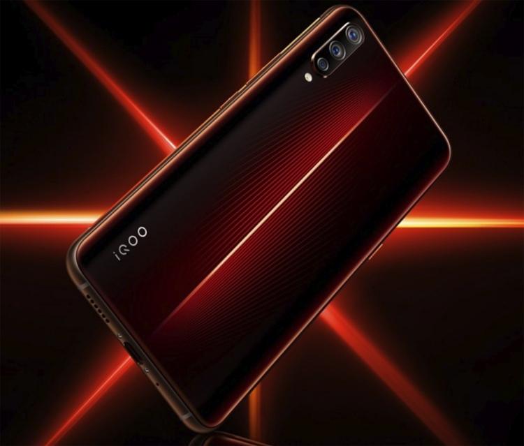 Vivo представила флагман iQOO — новый конкурент Samsung Galaxy S10 и Xiaomi Mi 9   SE7EN.ws - Изображение 3
