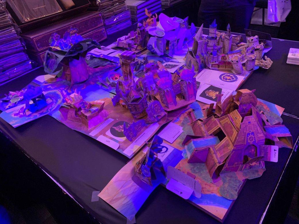 На BlizzCon в этом году развернулась настоящая Ярмарка Новолуния из World of Warcraft | Канобу - Изображение 2301