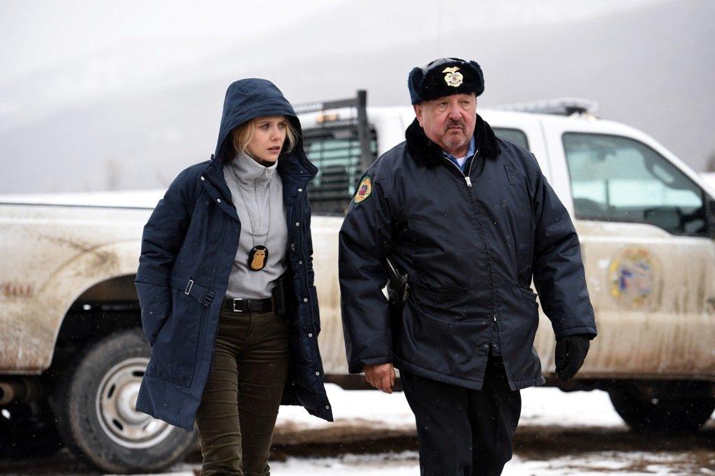 Убийца — снег. Рецензия на «Ветреную Реку» с Джереми Реннером | Канобу - Изображение 2