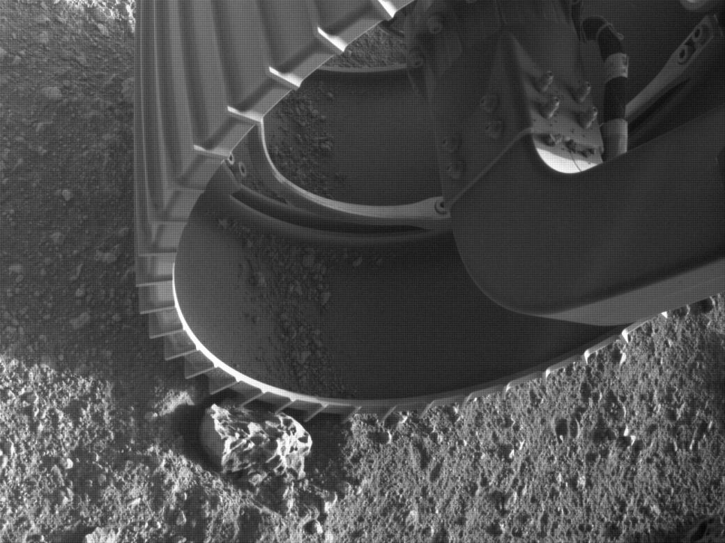 Марсоход NASA прислал на Землю первое видео с Красной планеты   Канобу - Изображение 850