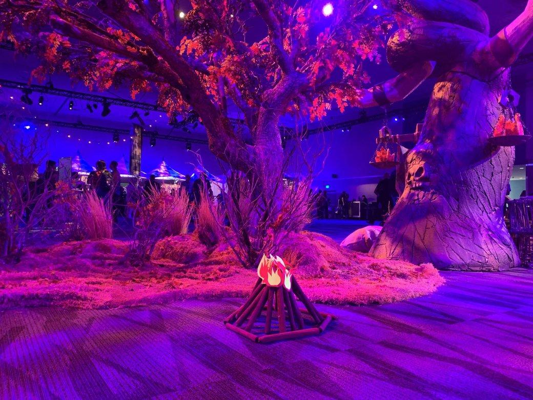 На BlizzCon в этом году развернулась настоящая Ярмарка Новолуния из World of Warcraft | Канобу - Изображение 12297