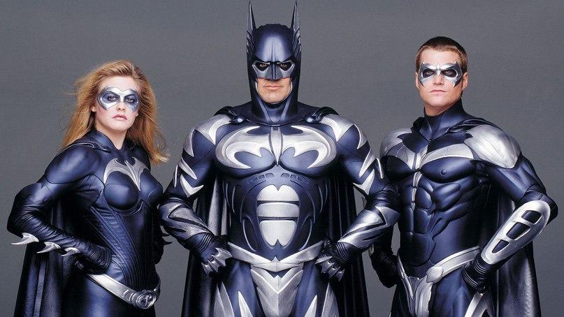 Отмаски Роршаха доБэт-сосков: самые крутые ибезумные костюмы супергероев вистории кино | Канобу - Изображение 2